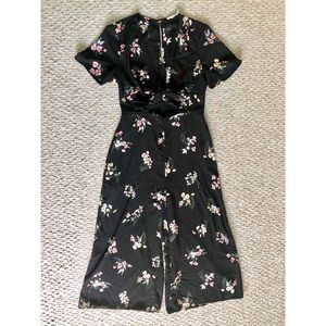 Lulus floral jumpsuit Size S